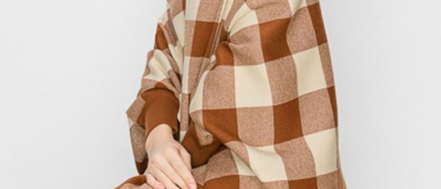 Shawl With Sleeves - Brown