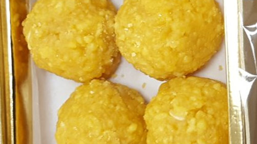 Boondi Ladoo 8 Piece  Fancy Box