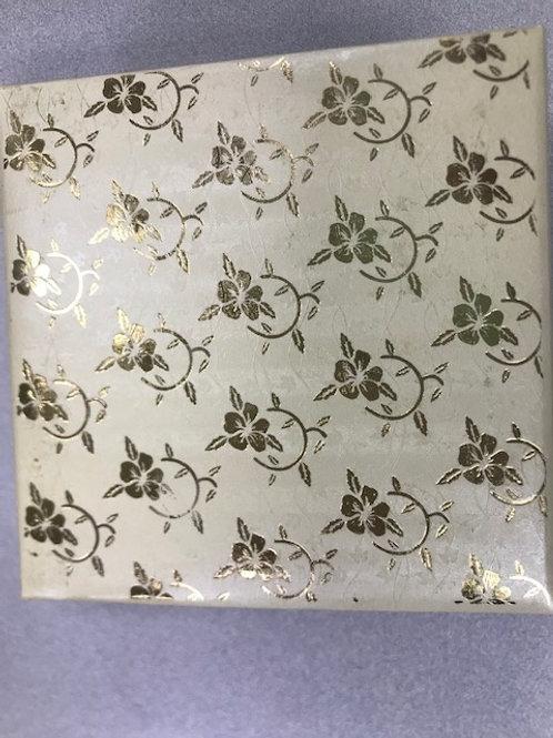 Gold Flower 4pc Fancy Box