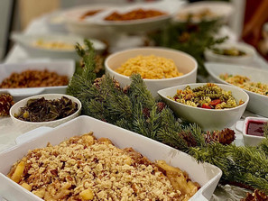 Holiday meals for dine-in and takeout