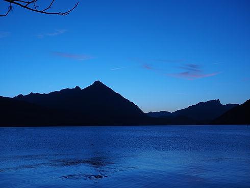 lake-thun-779670_1920.jpg