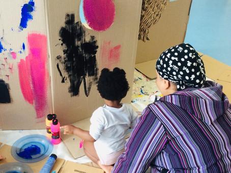 Et si nous observions tous les apports d'un atelier  de peinture parent/enfant!