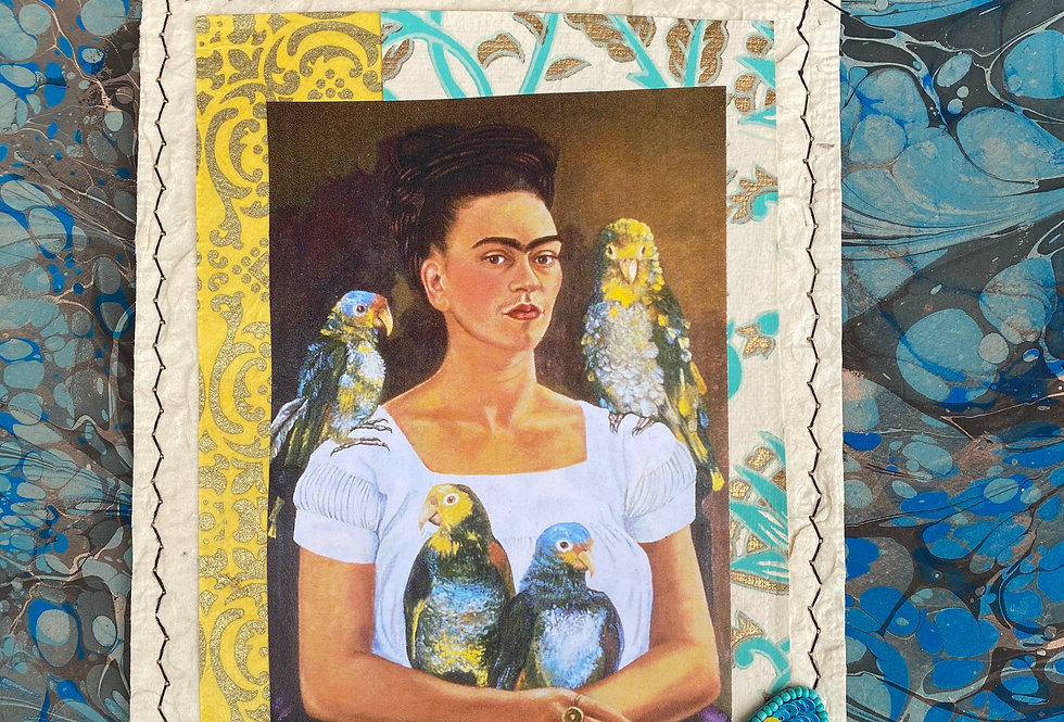 Frida & Parrots