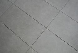Non Square Grå 30x60