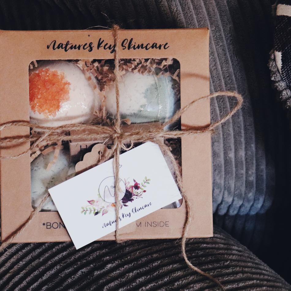 Specialty bath bomb gift set