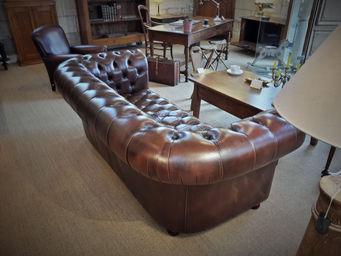 canap cuir chesterfield convertible ann es 80 a la vieille cole antiquit s et d coration. Black Bedroom Furniture Sets. Home Design Ideas