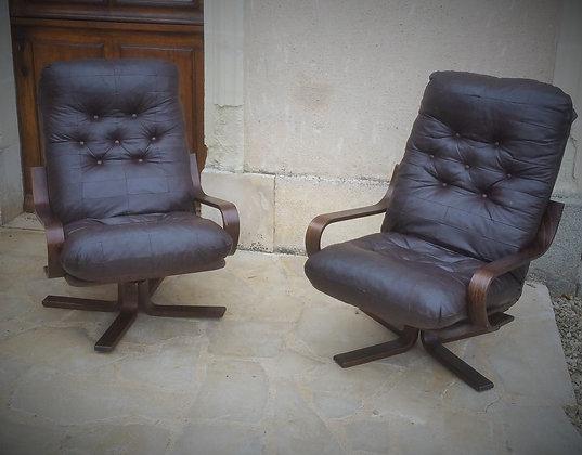 Paire de fauteuil relax en cuir années 70/80