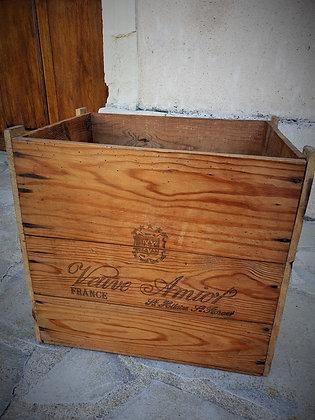 Caisse à champagne Veuve Amiot ancienne