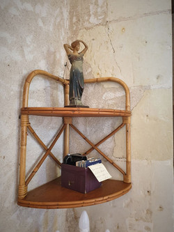 étagère d'angle vintage rotin
