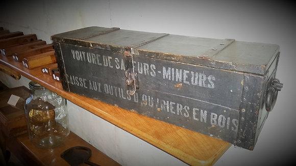 Caisse à outils des sapeurs mineurs guerre 14-18