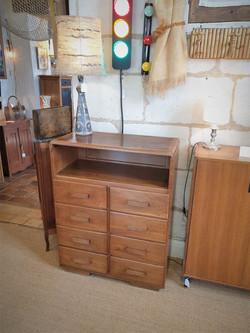 meuble à tiroirs ancien