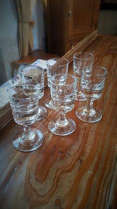 Lot de 6 verres à liqueur ancien