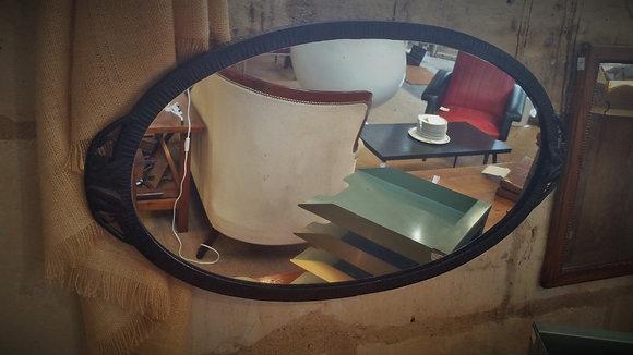 Miroir ovale en fer forgé années 50