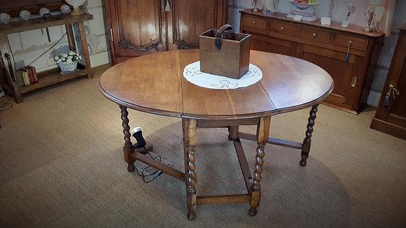 """Table anglaise """"gatteleg"""" en chêne XXème"""