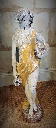 """Statue en pierre """"porteuse d'eau"""" début XXème"""