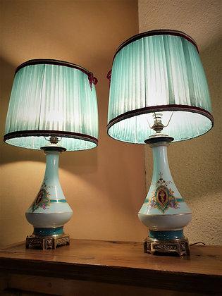 Paire de lampe porcelaine datant milieux XIXème