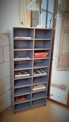 Meuble à casier peint début XXème