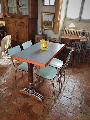 Table de bistrot formica vintage
