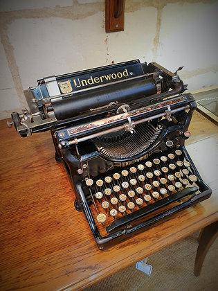 Machine à écrire Underwood ancienne 1915