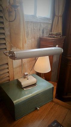 Lampe de bureau Eileen Gray pour Jumo