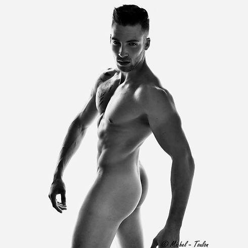 Stripteaseur Avignon Lorenzo