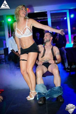 Stripteaseuse Nice pas cher