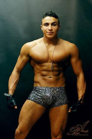 Stripteaseur Antony