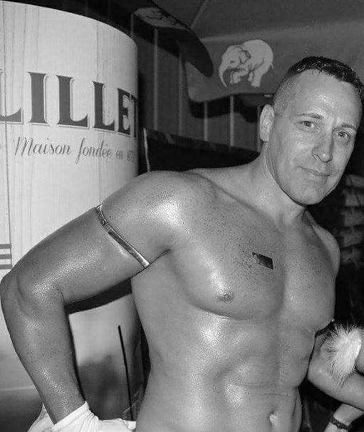 Stripteaseur Poitiers Chris