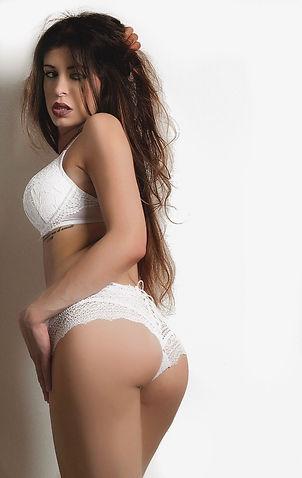 Stripteaseuse Évry
