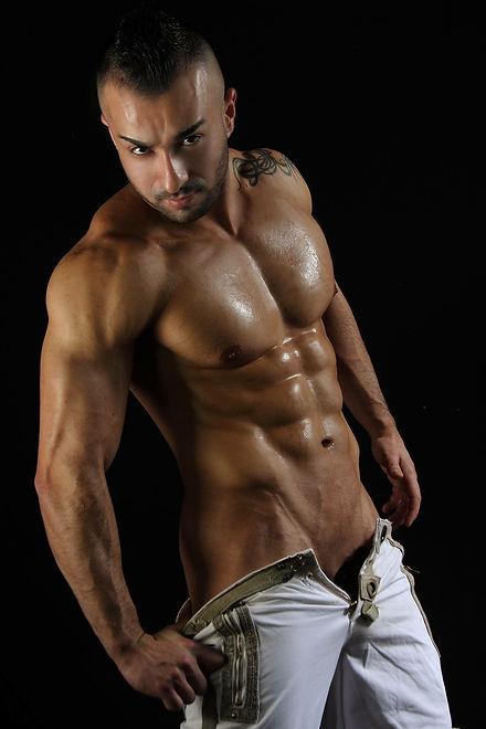 Stripteaseur Lausanne Tyan