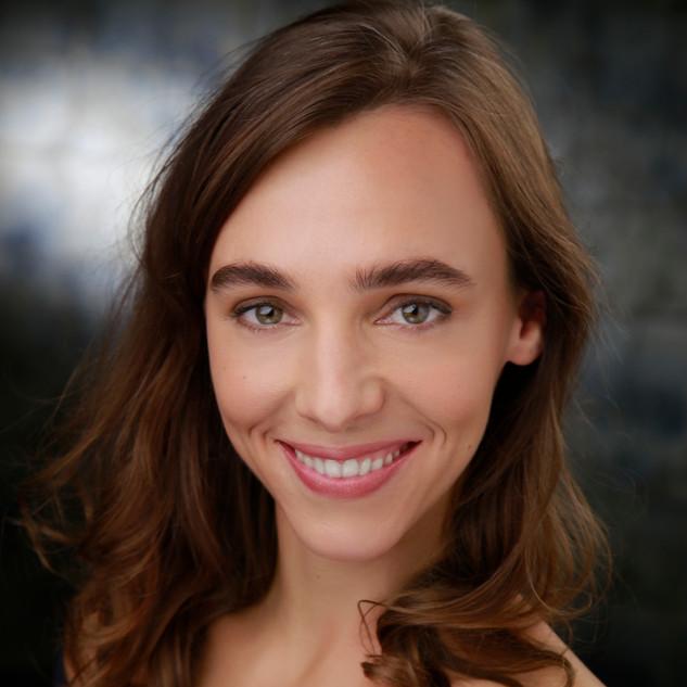 Ana Luiza Ulsig headshot