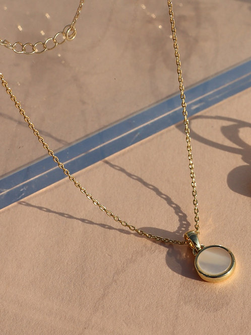 Porthole Mother of Pearl Pendent and Chain