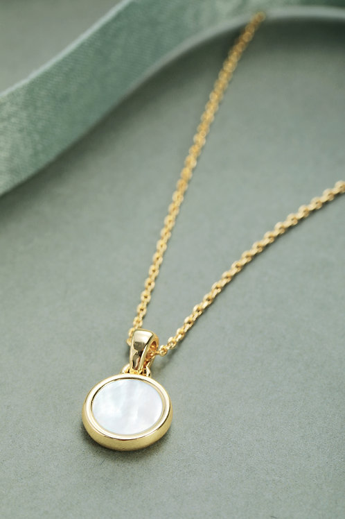 Porthole Mother of Pearl Pendant