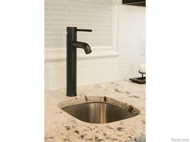 Wet Bar Sink.jpg