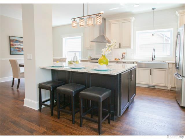 Whole kitchen.jpg