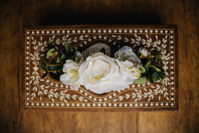 Pictures of Groom Boutonnière