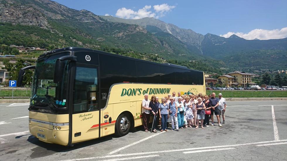 DN12 DON 57 SEAT VAN HOOL ON TOUR IN ITALY