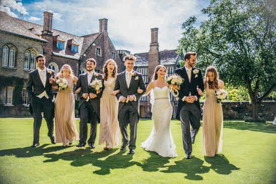 wedding party at queens college cambridge