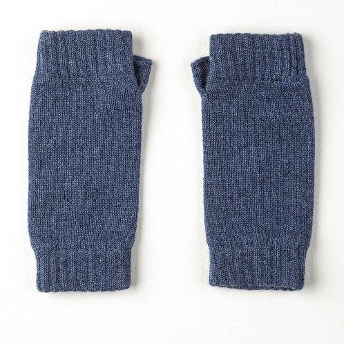 Blackberry Johnstons of Elgin Wristwarmers