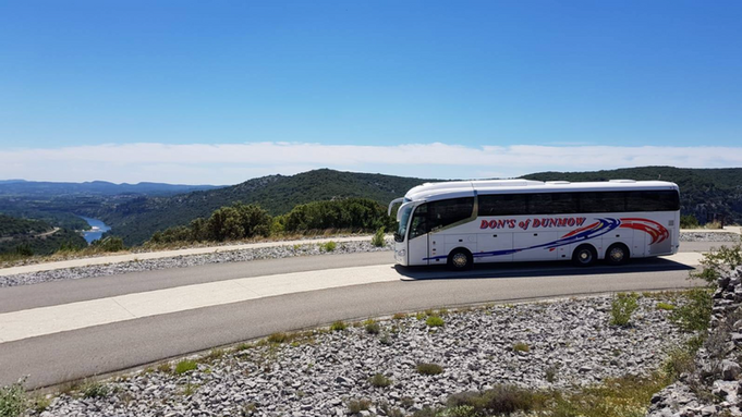 DH18 DON TOURING THE ARDECHE
