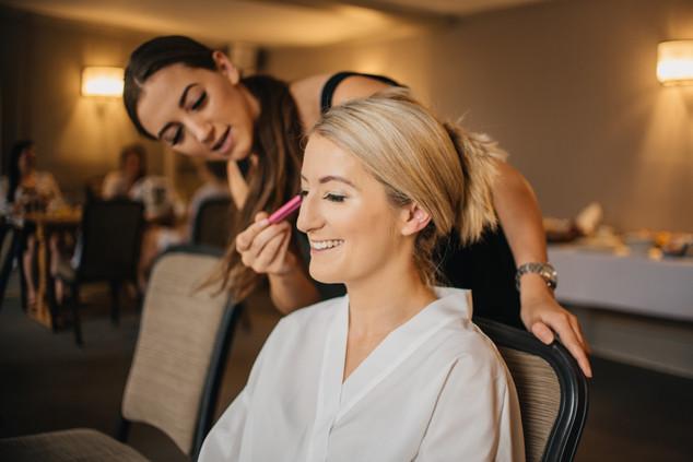 Bridal Suite Makeup Photos