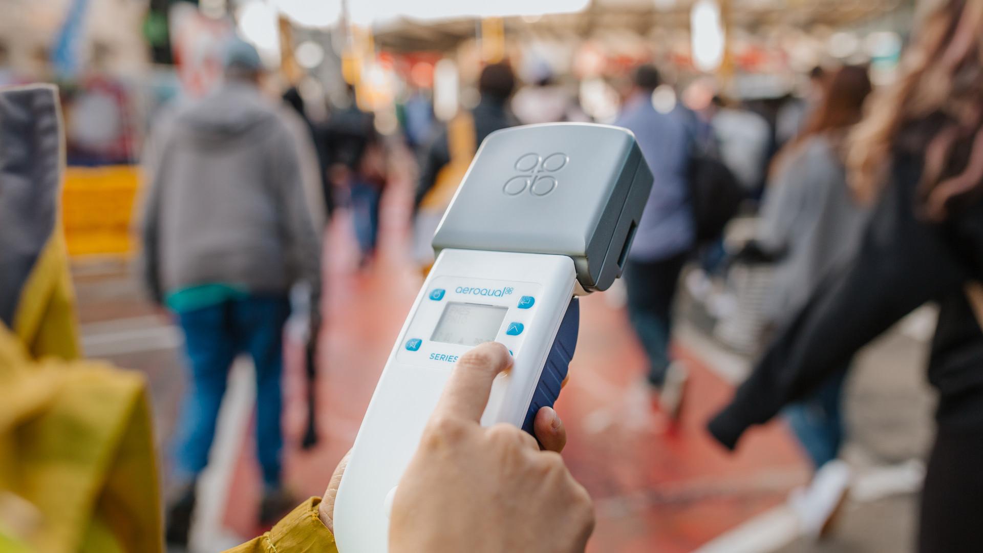 Aeroqual-portable hand monitor-31 Aug 20