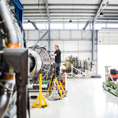 Jet engine care and maintenance in Stansted
