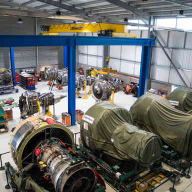 Areoplane engine workshop
