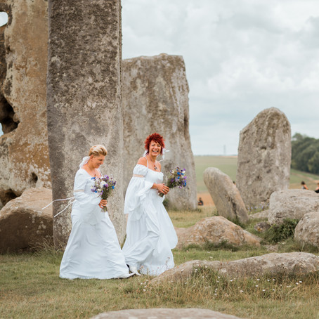 Jess & Suzy's Wedding at Stonehenge