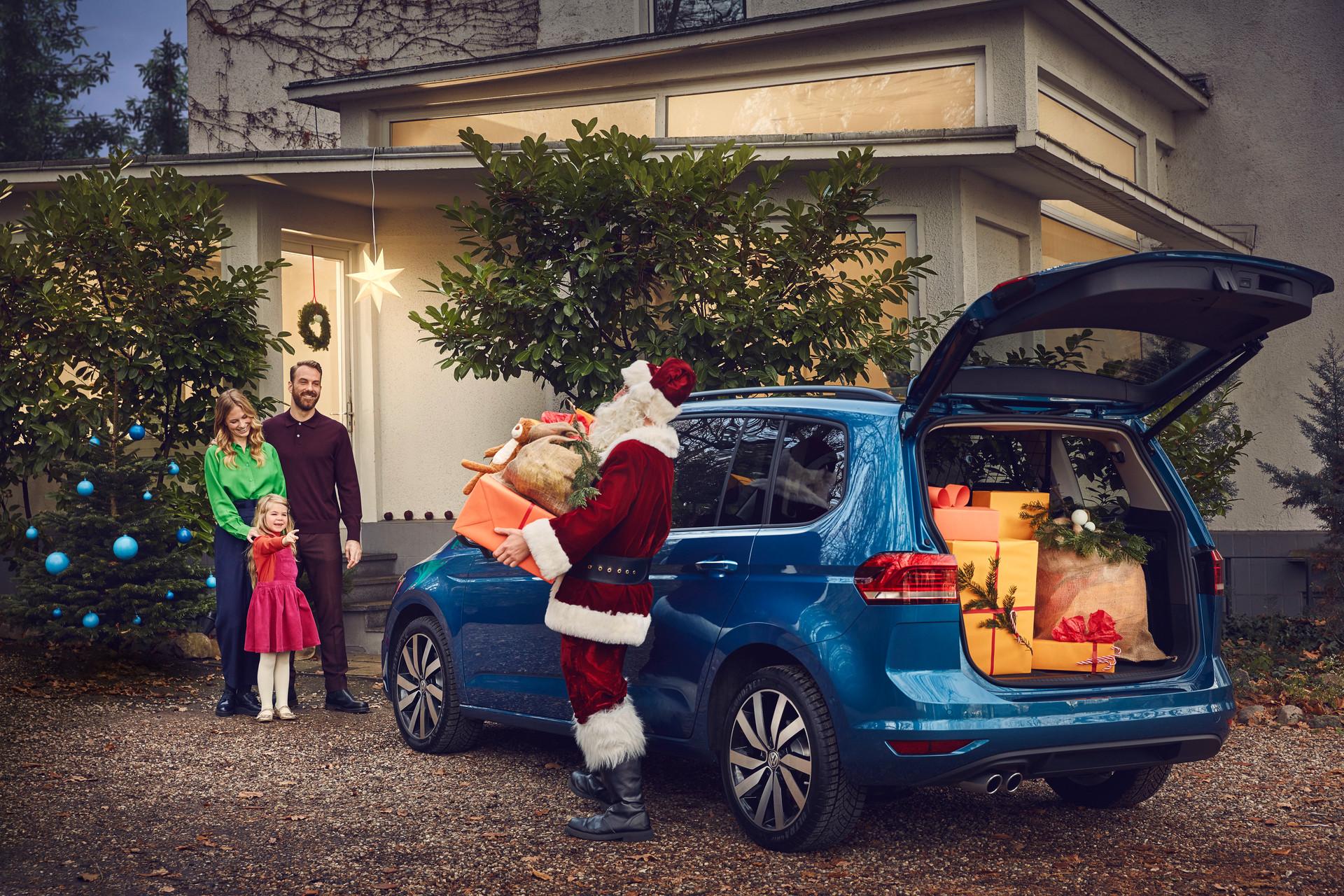 VW_RGB_Weihnachtsmann_at_Work_Motiv_04_2
