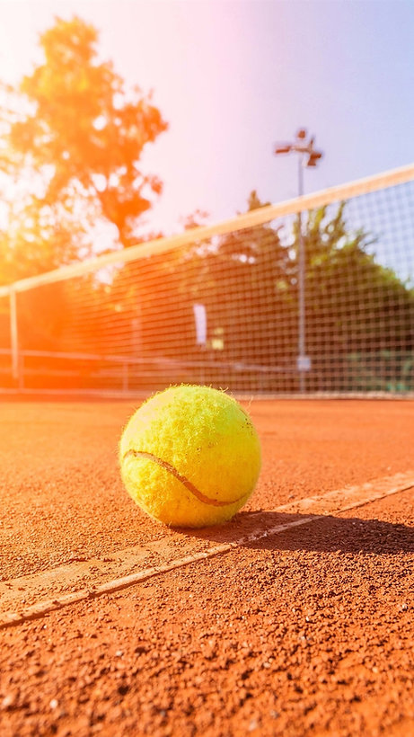 Sunny-day-summer-tennis-stadium-ground_i