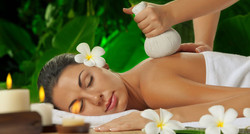 Massage Thaï & Compression Herbale