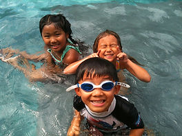 group swim lessons, swim lessons, in home grow swim lessons, swim lessons los angeles, swim lessons, Group lessons, cheap swim lessons