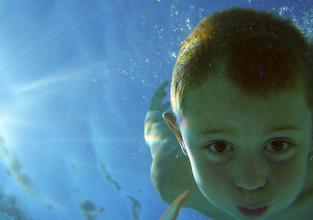 private swim lessons, group swim lessons, in home swim lessons